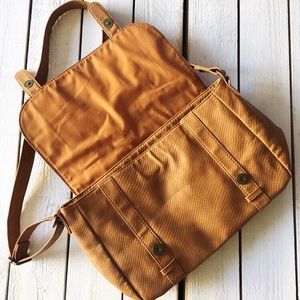 Roxy Bags - ✨HOST PICK✨ Roxy Crossbody Bag